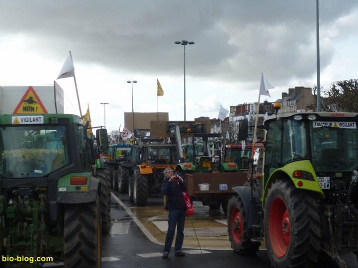 Plus de 520 tracteurs ont fait le déplacement. Une mobilisation vraiment impressionnante !